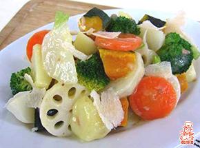 温野菜サラダ アンチョビガリバタソース