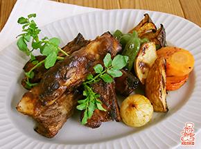 スパイスソースに漬け込むやわらかスペアリブ|肉メニュー|スタミナ料理レシピ